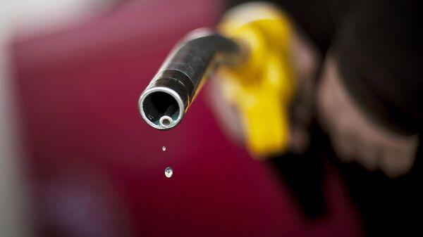 Gasolina (imagen referencial) - Sputnik Mundo