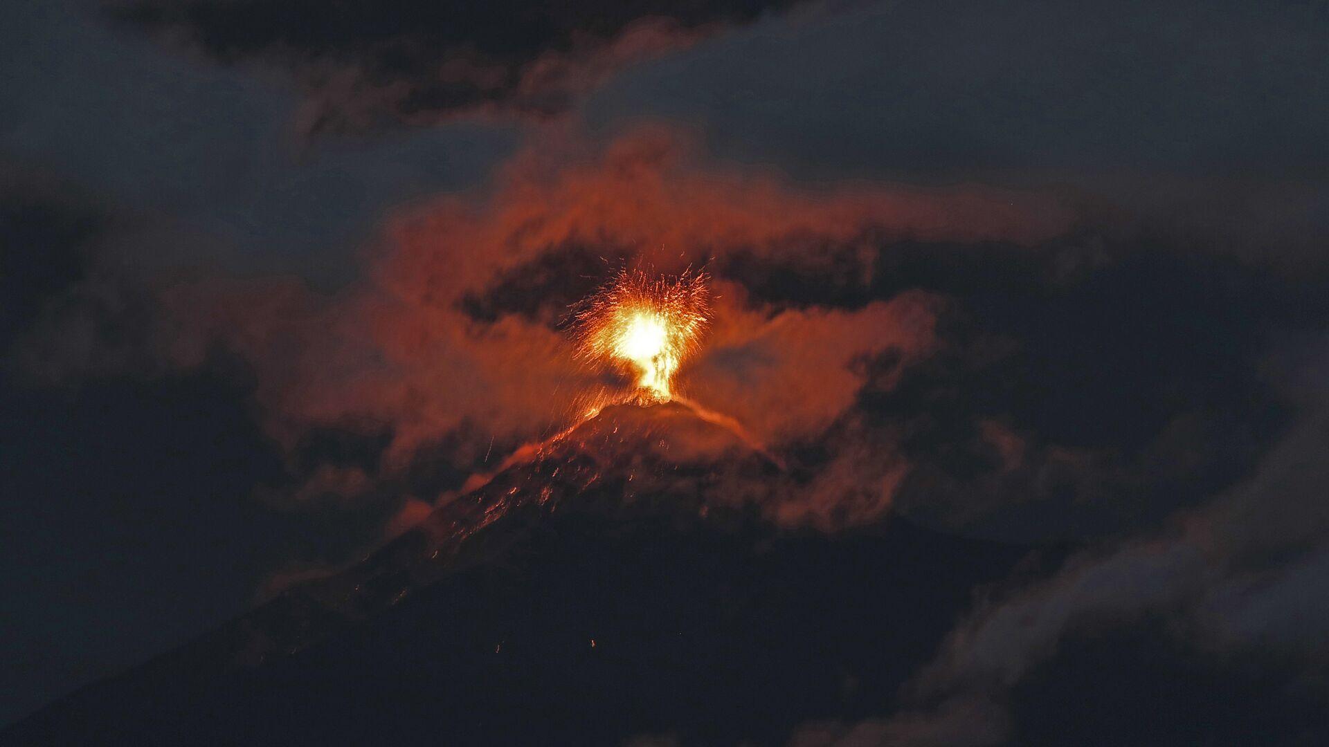 Erupción del volcán de Fuego en Guatemala - Sputnik Mundo, 1920, 24.09.2021