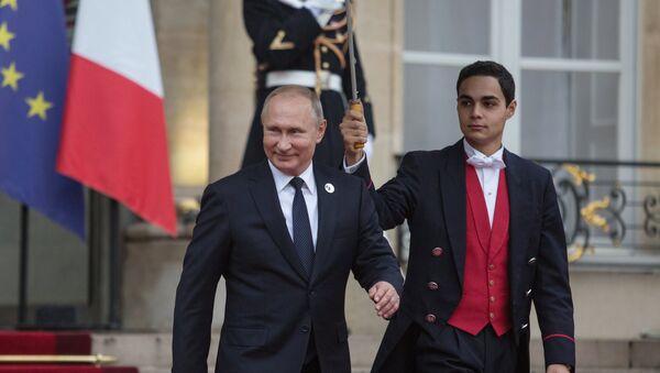 Vladímir Putin, presidente de Rusia, visita París en conmemoración del centenario del fin de la primera Guerra Mundial, 11 de noviembre de 2018 - Sputnik Mundo