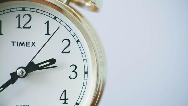 El reloj (imagen referencial) - Sputnik Mundo