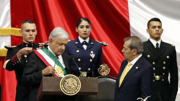 Andrés Manuel López Obrador toma posesión como presidente de México, 1 de diciembre de 2018 - Sputnik Mundo