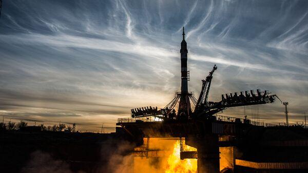 El lanzamiento del cohete portador Soyuz desde el cosmódromo Baikonur (Archivo) - Sputnik Mundo