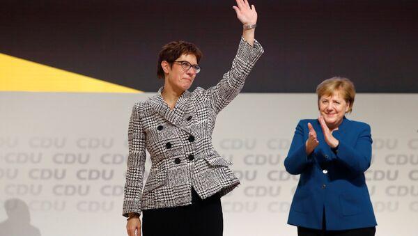 Annegret Kramp-Karrenbauer, nueva líder de la Unión Demócrata Cristiana de Alemania (CDU) - Sputnik Mundo