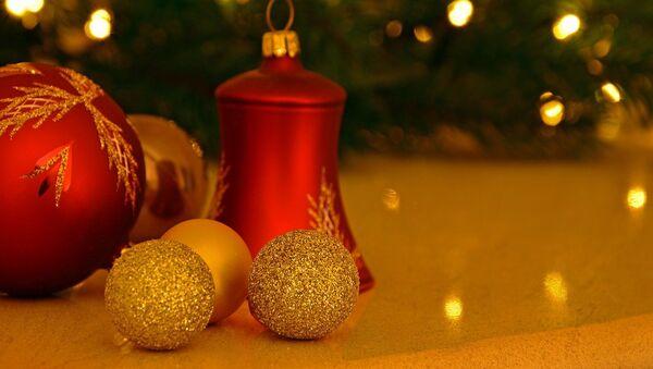 Adornos para árbol de Navidad, referencial - Sputnik Mundo