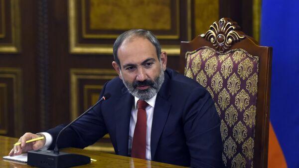 El primer ministro en funciones de Armenia, Nikol Pashinián - Sputnik Mundo