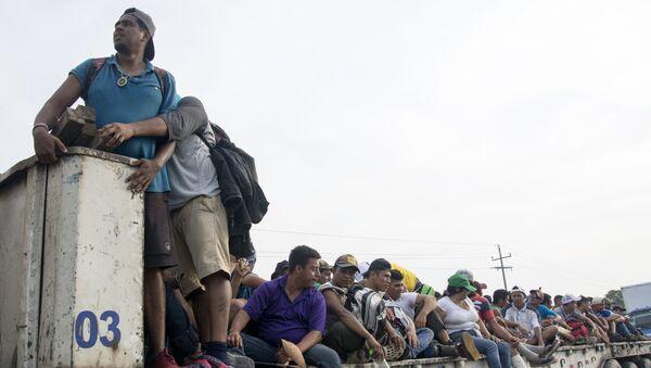 Los migrantes centroamericanos - Sputnik Mundo