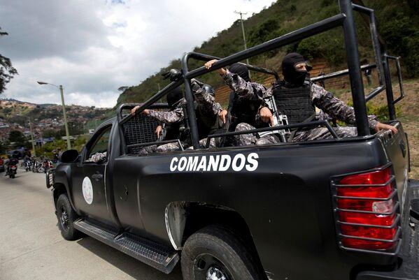 La madrugada del 15 de enero de 2018, efectivos de seguridad venezolanos culminaron la Operación Gedeón, que resultó en la desarticulación del grupo rebelde liderado por el policía sublevado Óscar Pérez. Las autoridades venezolanas catalogaron al grupo como una célula terrorista por atacar al Tribunal Supremo de Justicia en el 2017 y asaltar al Fuerte Paramacay. - Sputnik Mundo