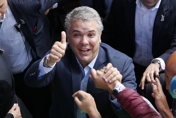 En Colombia el candidato Iván Duque, del partido Centro Democrático, fue elegido presidente del país el 17 de junio en un balotaje contra Gustavo Petro, de Colombia Humana. - Sputnik Mundo