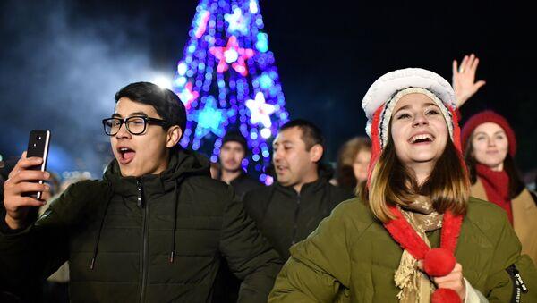 Vísperas del Año Nuevo en Moscú (Rusia), el 31 de diciembre de 2018 - Sputnik Mundo