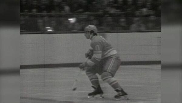 Valeri Jarlámov, una leyenda del hockey soviético - Sputnik Mundo