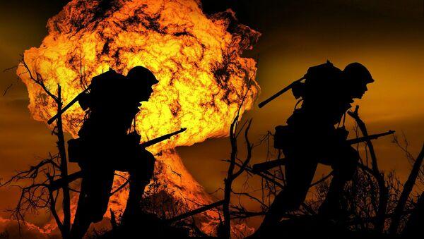 Una explosión y dos soldados  - Sputnik Mundo