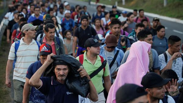 Caravana de migrantes - Sputnik Mundo