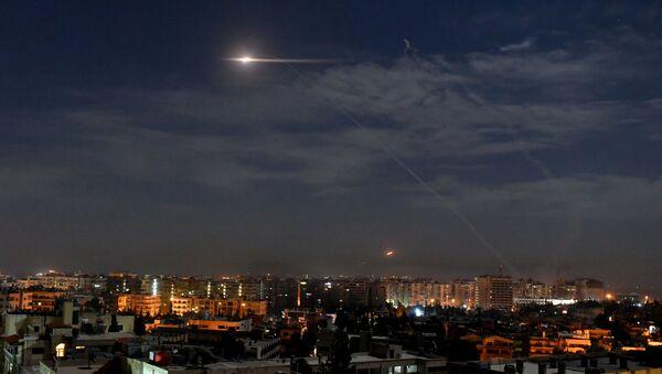 Ataque israelí contra Damasco, Siria - Sputnik Mundo