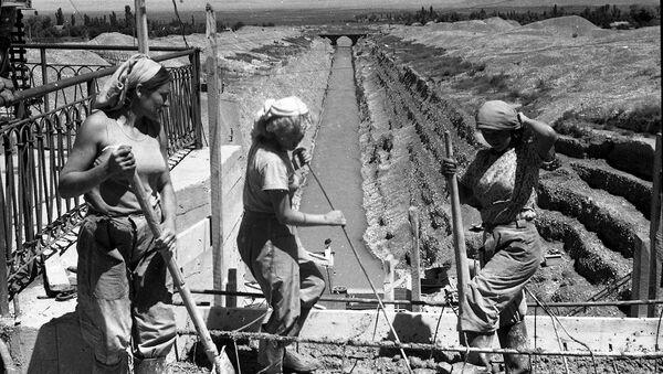 Construcción del Gran Canál de Chuy, foto archivo - Sputnik Mundo