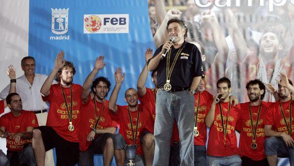 Pepu Hernández, antiguo entrenador de la selección española de baloncesto (archivo) - Sputnik Mundo