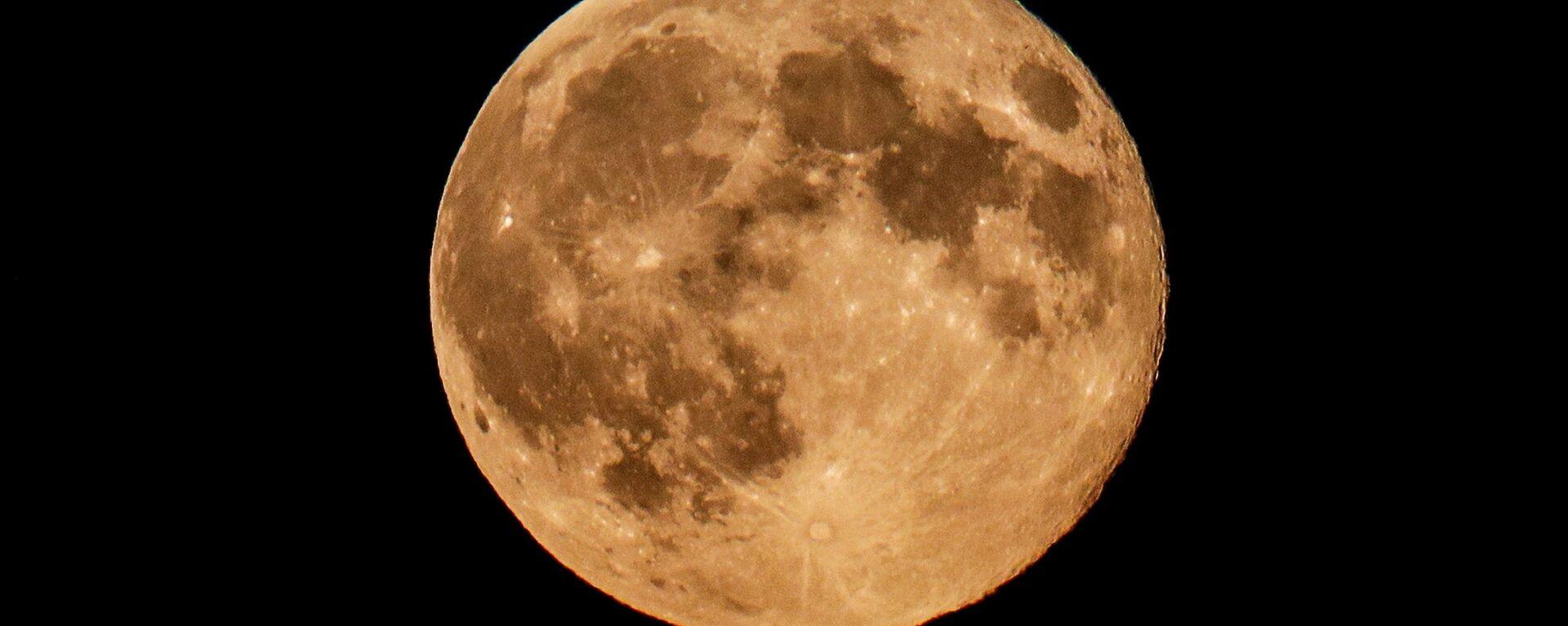 La Luna (imagen referencial) - Sputnik Mundo, 1920, 04.06.2021