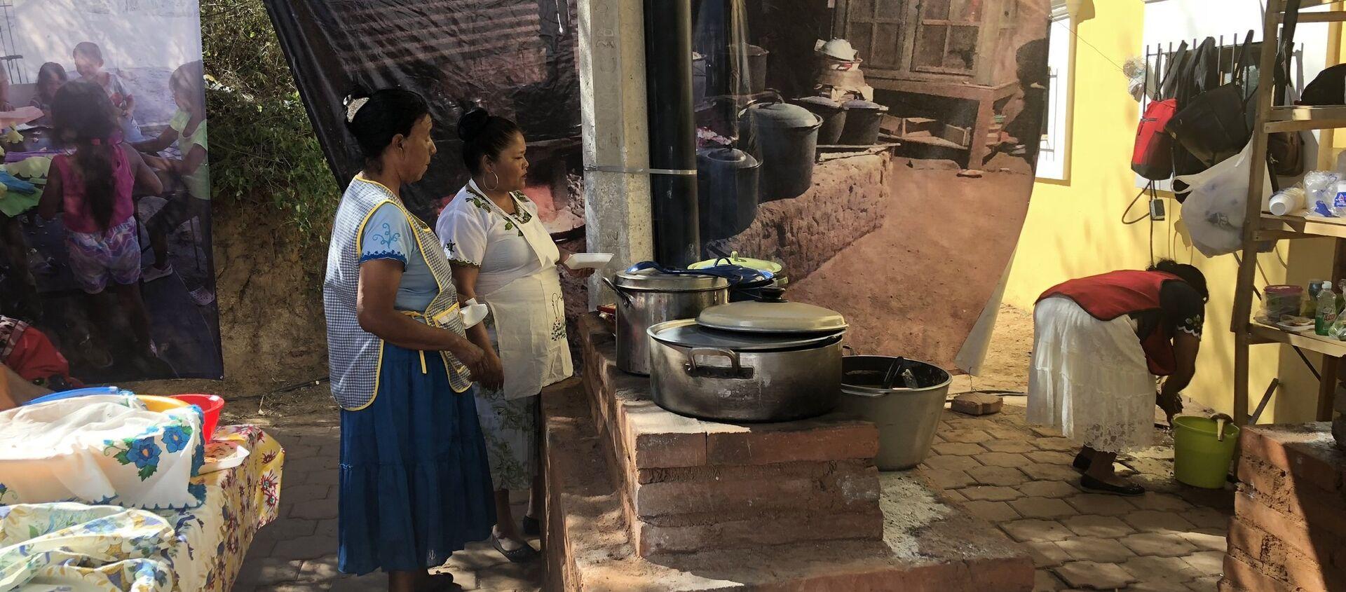 Un grupo de cocineras indígenas - Sputnik Mundo, 1920, 13.02.2019