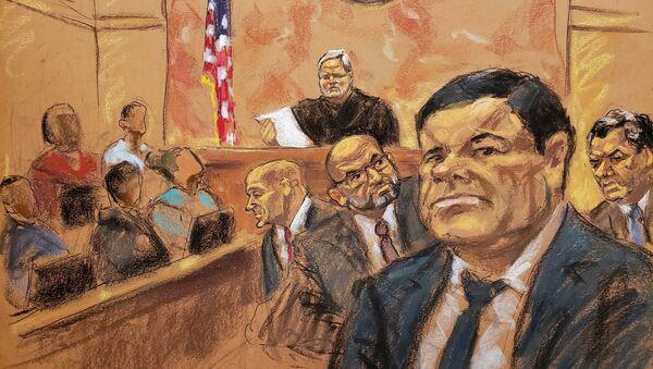 El 'Chapo' Guzmán, en un dibujo de su proceso en la corte - Sputnik Mundo