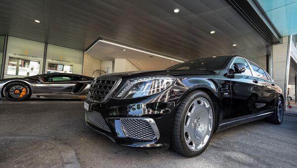 Un Mercedes Maybach - Sputnik Mundo