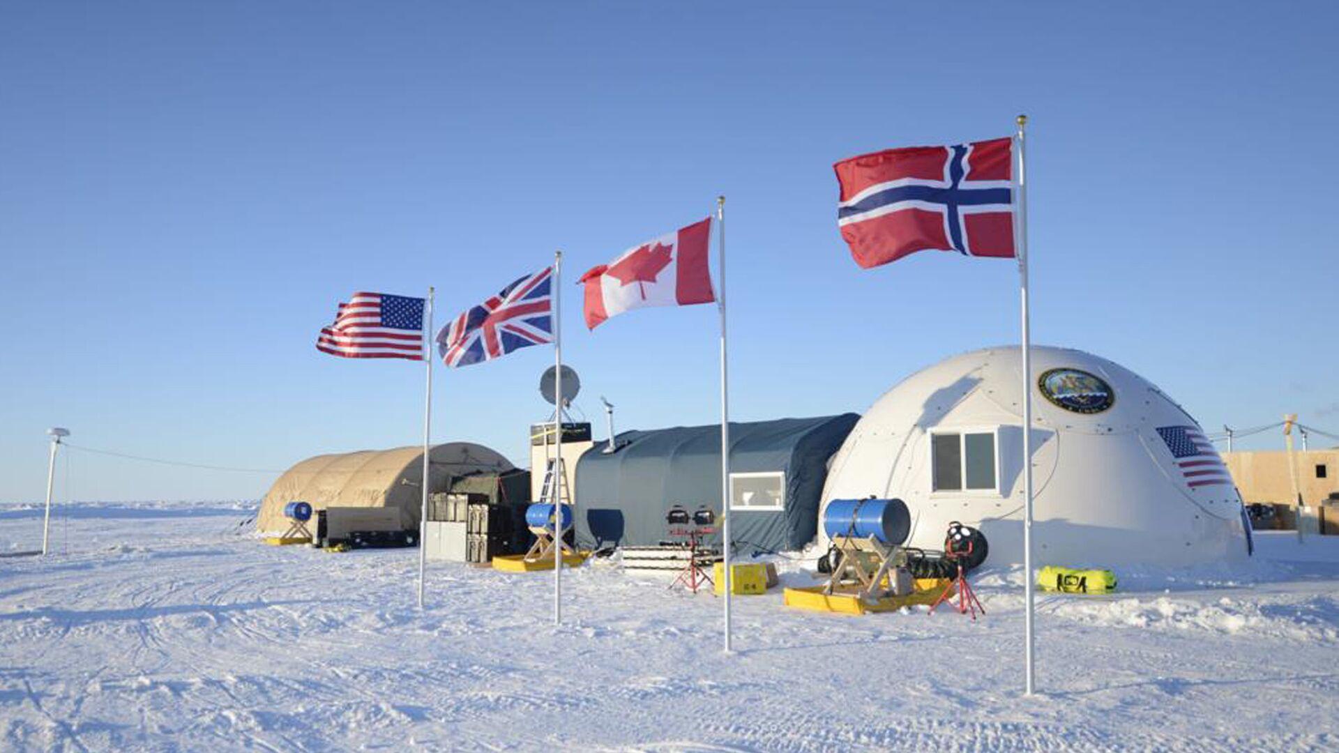 Campamento militar de EEUU, Reino Unido, Canadá y Noruega en el Ártico (archivo) - Sputnik Mundo, 1920, 11.03.2021