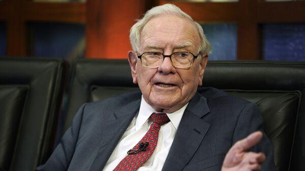 Warren Buffett, multimillonario estadounidense (archivo) - Sputnik Mundo