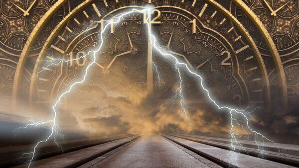 Reloj y los relámpagos (imagen referencial) - Sputnik Mundo