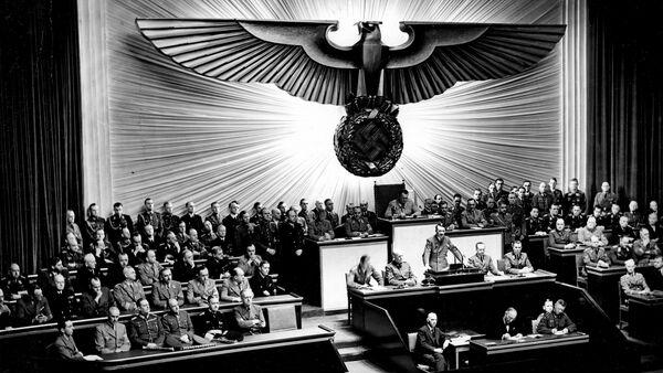 Hitler en el Reichstag - Sputnik Mundo