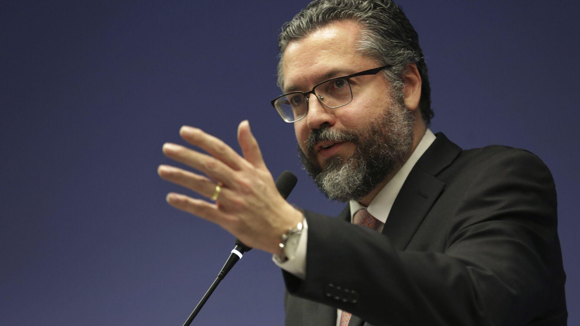 Ernesto Araújo, ministro de Relaciones Exteriores de Brasil - Sputnik Mundo, 1920, 24.03.2021