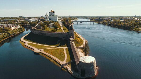 El Kremlin de Pskov, Rusia - Sputnik Mundo