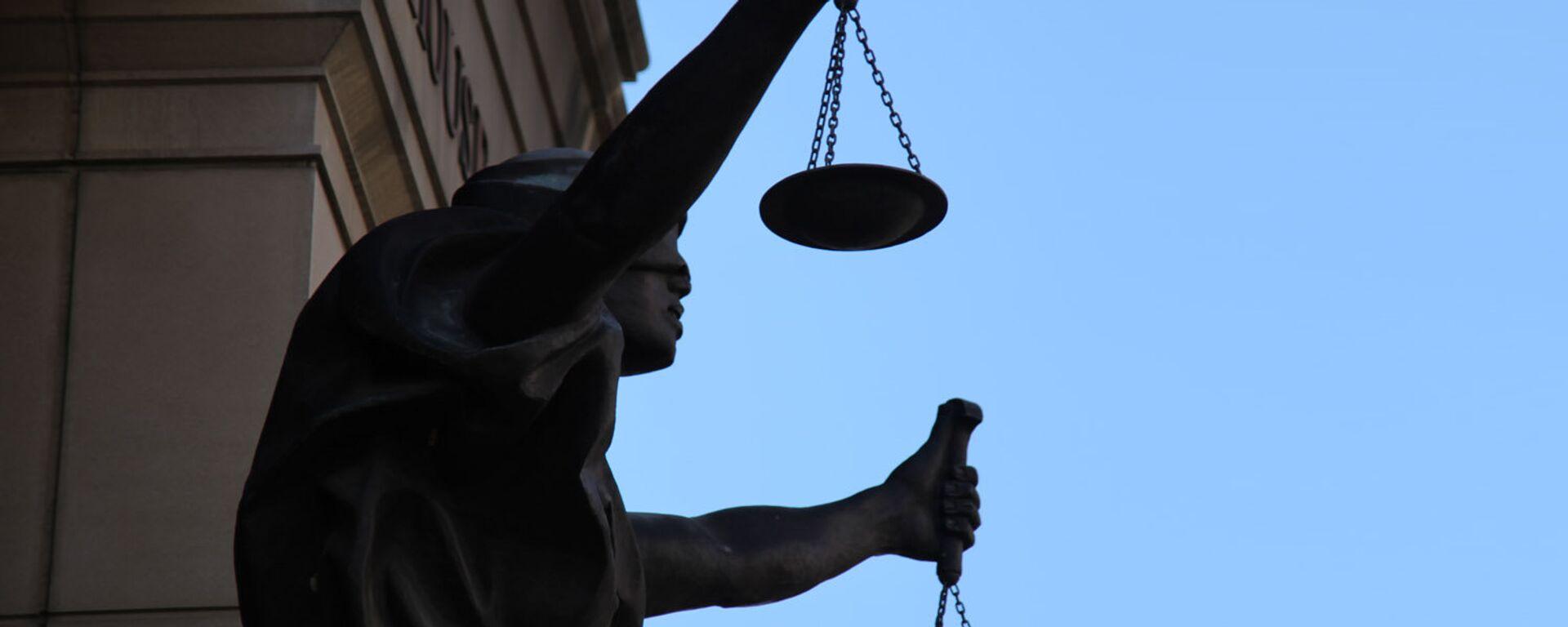 Una estatua de Justicia (imagen referencial) - Sputnik Mundo, 1920, 14.09.2021