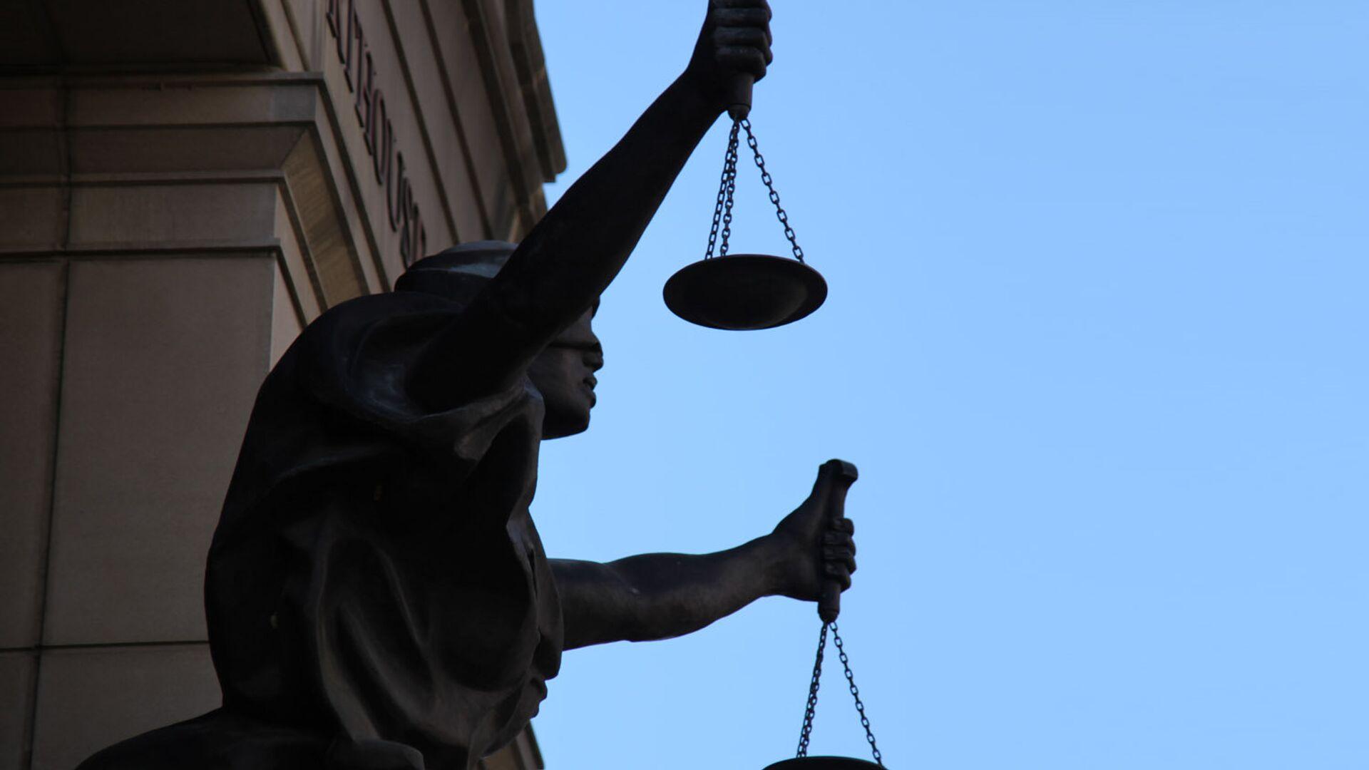 Una estatua de Justicia (imagen referencial) - Sputnik Mundo, 1920, 21.09.2021