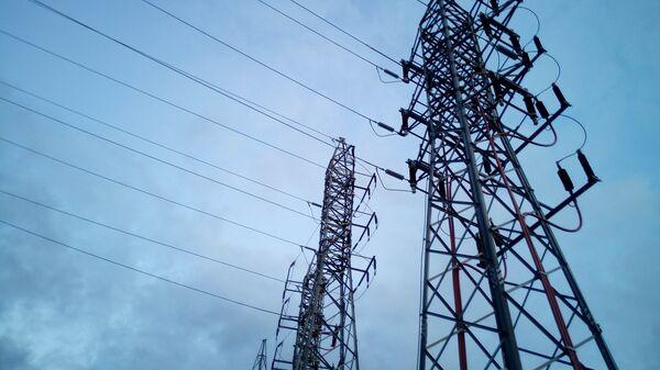 Torres eléctricas de alta tensión - Sputnik Mundo