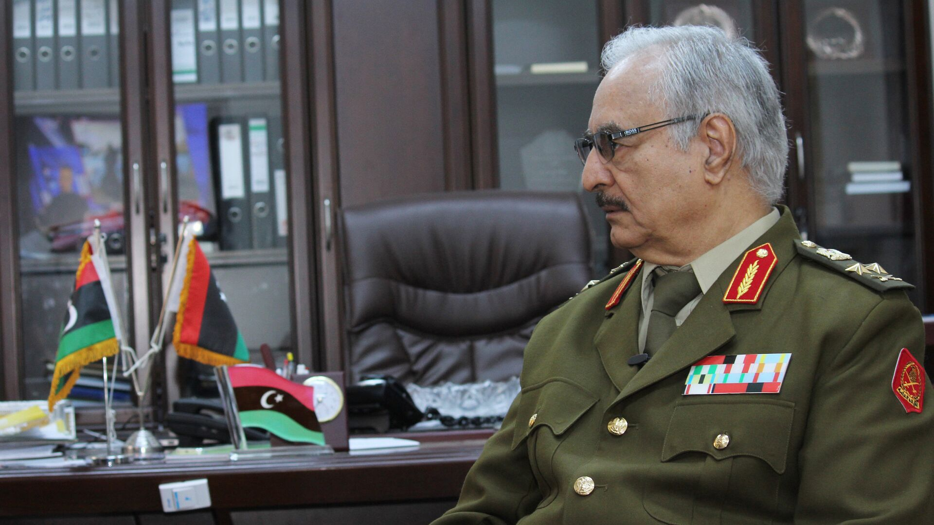 Jalifa Haftar, comandante del Ejército Nacional de Libia - Sputnik Mundo, 1920, 23.09.2021