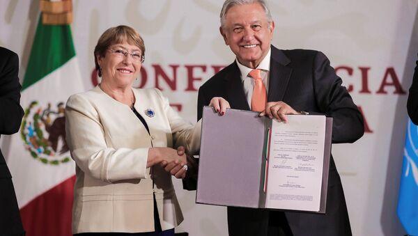 La alta comisionada de las Naciones Unidas para los Derechos Humanos, Michelle Bachelet, y el presidente de México, Andrés Manuel López Obrador - Sputnik Mundo