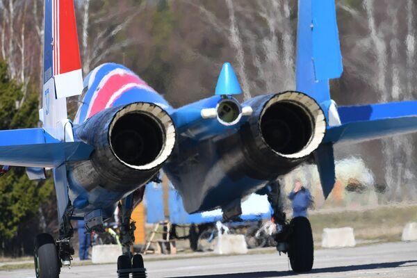 Así se prepara Rusia en las alturas para el desfile militar del Día de la Victoria - Sputnik Mundo