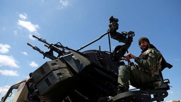 Soldado del Ejército de Jalifa Haftar (archivo) - Sputnik Mundo