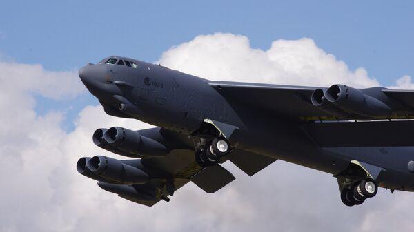 Bombardero estadounidense B-52 Stratofortress - Sputnik Mundo