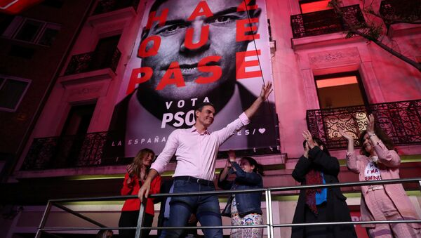 Pedro Sanchez tras su victoria en las elecciones de España - Sputnik Mundo