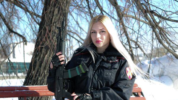 Ana Jramtsova, ganadora del concurso Krasa Rosgvardii - Sputnik Mundo