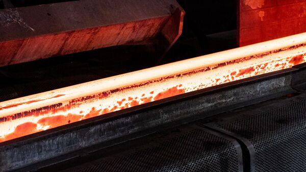 Producción de acero (imagen referencial) - Sputnik Mundo