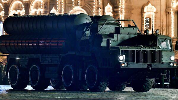 Sistema de defensa antiaérea S-400 - Sputnik Mundo