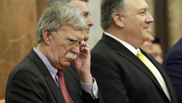 El consejero de Seguridad Nacional de la Casa Blanca, John Bolton, y el secretario de Estado de Estados Unidos, Mike Pompeo - Sputnik Mundo