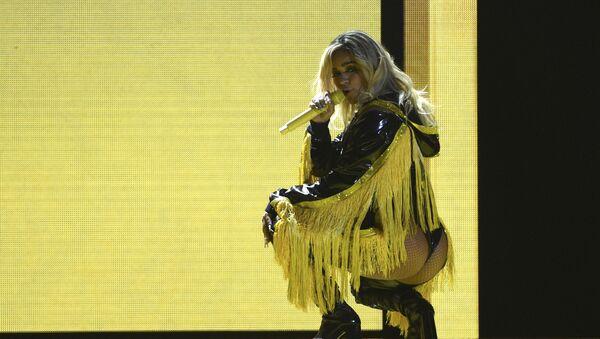 La cantante colombiana Carolina Giraldo Navarro, más conocida por su nombre artístico, Karol G - Sputnik Mundo