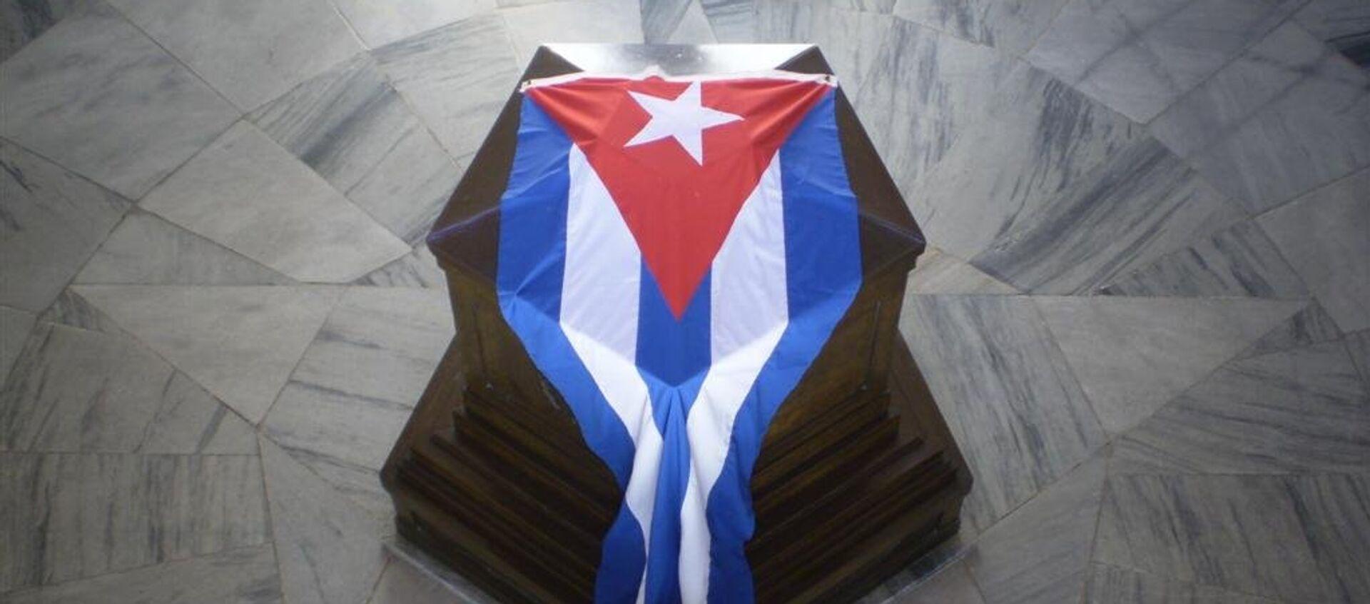 Tumba de José Martí en el cementerio de Santa Ifigenia en Santiago de Cuba - Sputnik Mundo, 1920, 27.05.2019