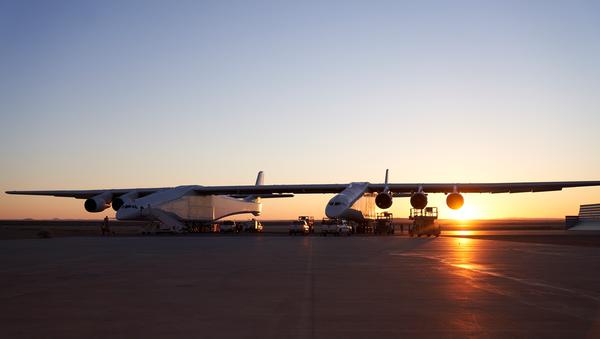 El avión del proyecto Stratolaunch - Sputnik Mundo