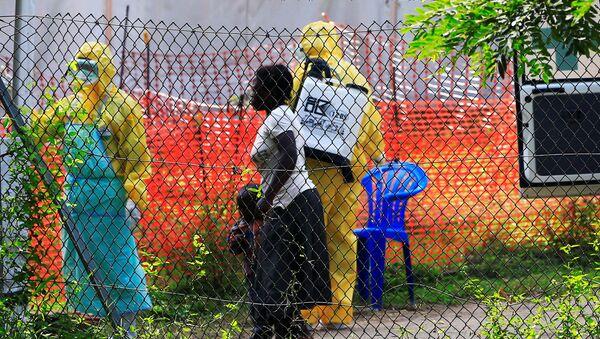 Médicos ugandeses cerca de la frontera con la República Democrática del Congo - Sputnik Mundo