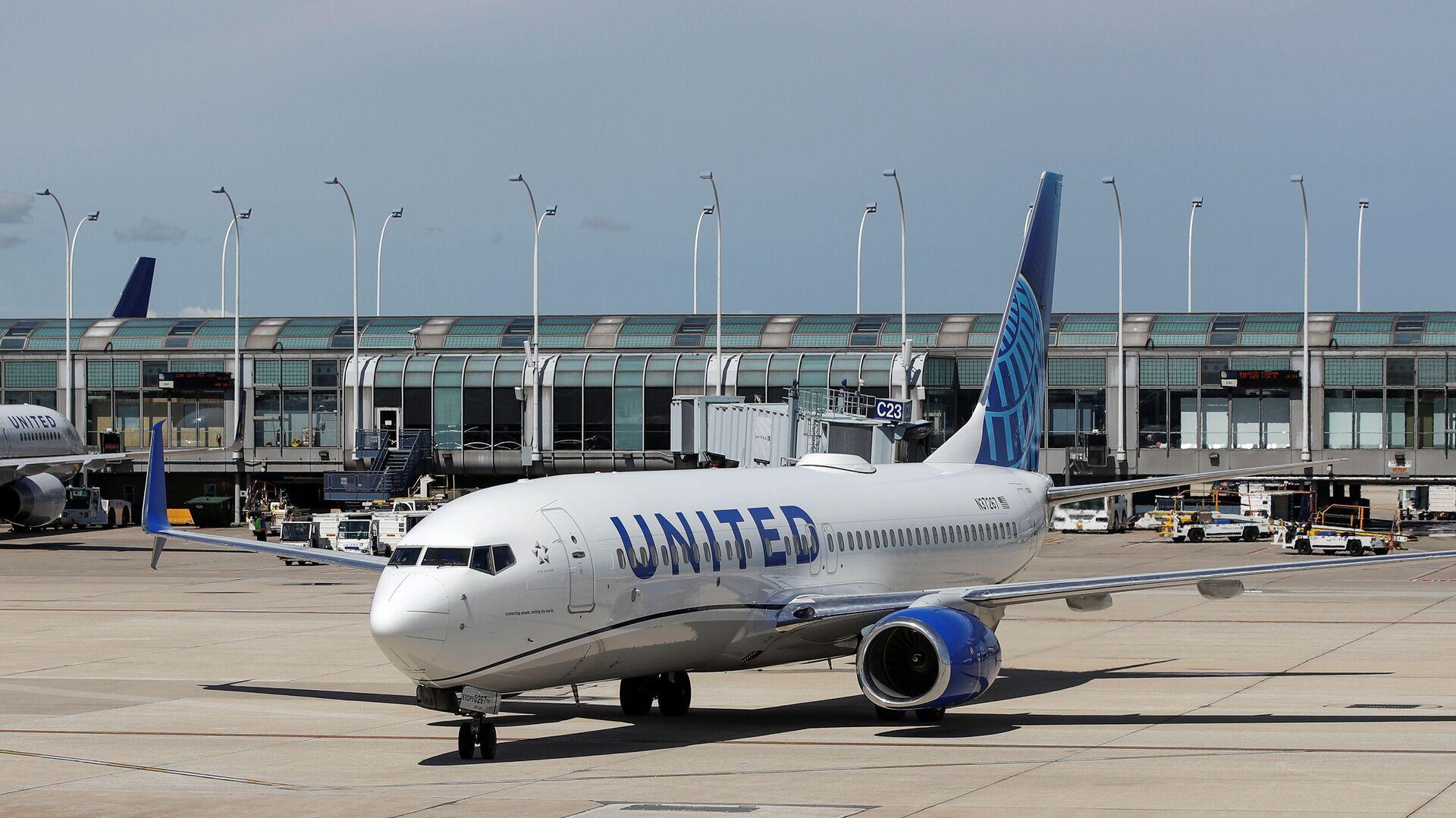 Un avión de United Airlines - Sputnik Mundo, 1920, 11.02.2021
