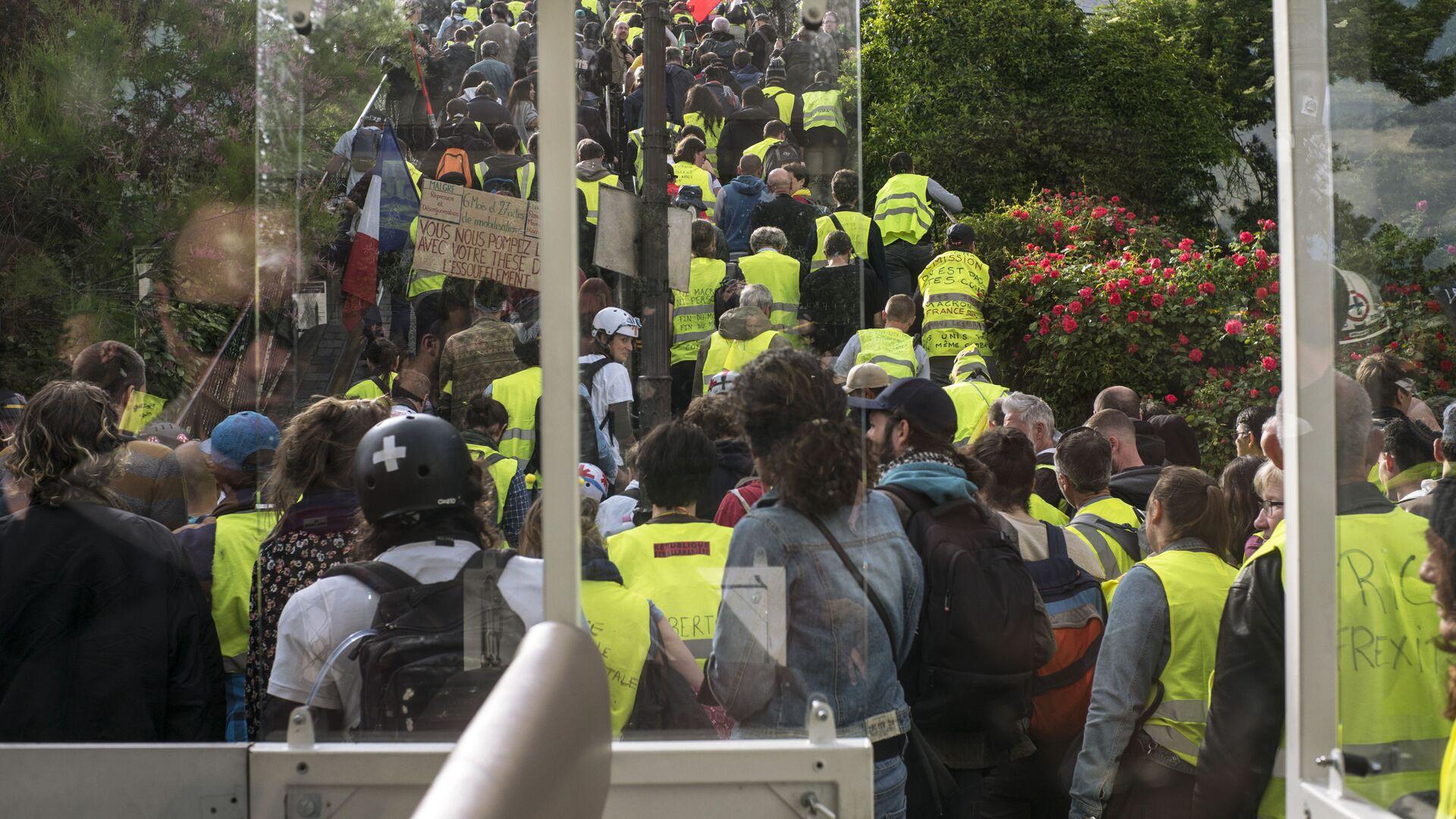 Las protestas de los 'chalecos amarillos' en Francia - Sputnik Mundo, 1920, 09.10.2021