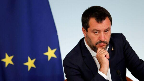 El ministro del Interior de Italia, Matteo Salvini - Sputnik Mundo