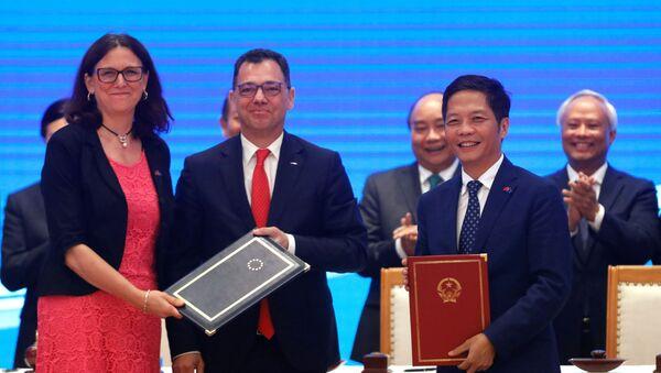 Acuerdo de libre comercio entre la UE y Vietnam - Sputnik Mundo